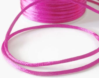 10 m nylon Rattail 2mm (2) fuchsia thread