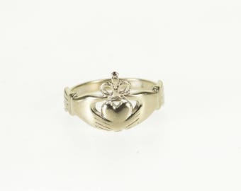 10k Traditional Irish Celtic Claddagh Loyalty Ring Gold