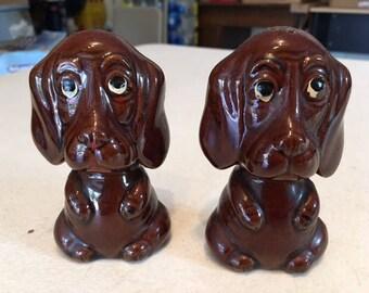 ADORABLE Basset hound dog salt and pepper shaker set 1950's