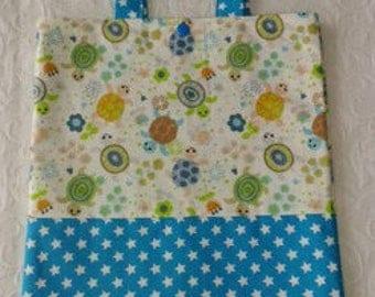 Turtles pattern library bag