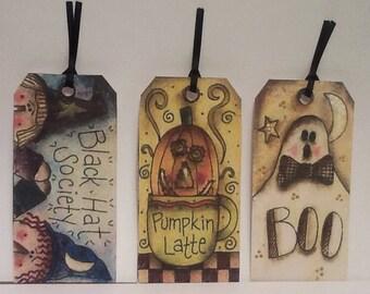 6  Boo Halloween Tags