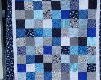 Blue quilt | Etsy : blue gray quilt - Adamdwight.com
