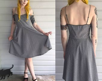 VINTAGE 90s Gingahm Swing Dress