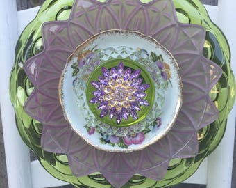 "Plate Flower, Vintage Glass, Garden Decor ""Sonoma"""