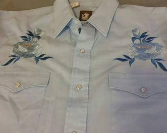 Karman Country Western Ladies Long Sleeve , Snap button shirt . Size 34 ( 15 1/2 )