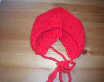 Beanie hand-made in soft TWEED yarn