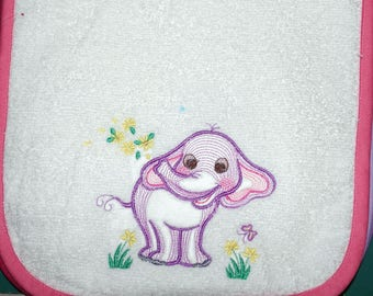 Embroidered child's bib 6