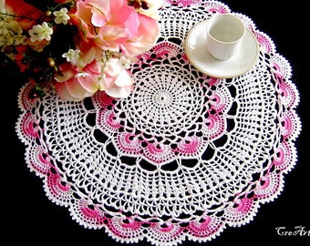 Large White and Pink crochet doily, centrino grande bianco e rosa all'uncinetto