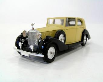 Solido 1939 Rolls-Royce Phantom III  - 1:43 Scale