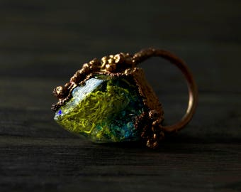 7/ Lichen Iridescent Mermaid Teal Copper Electroformed  Crystal Resin Opal Ring