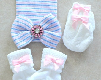 Baby girl pink striped hospital beanie hat/cap big white bowknot rhinestone center plus socks and mittens - set of 3