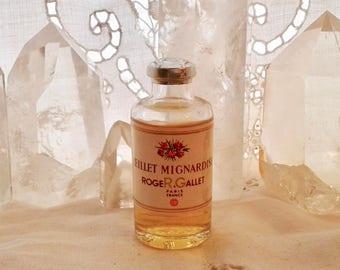 Roger & Gallet, Oeillet Mignardise, 25 ml. or 0.85 oz. Flacon, Pure Parfum Extrait, 1922, Paris, France ..