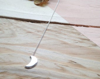 Silver moon threaders | Crescent moon ear threaders in recycled silver and sterling silver | Recycled packaging | Eco-friendly jewellery.