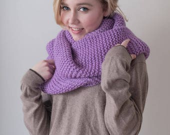 100% virgin wool Chunky lavender Knit Scarf with pompoms, long winter scarf.