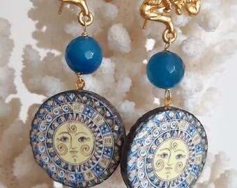 Dangling gemstone earrings, agate, Caltagirone ceramics Trinacria