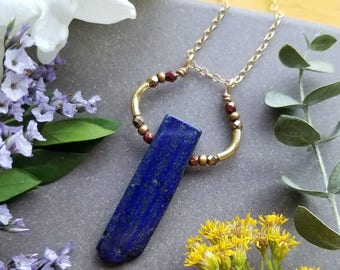 Lapis Loop Necklace in Gold >> Deep Blue Lapis Lazuli with Bronze and Red Accents >> Boho Style, Gemstone Jewelry