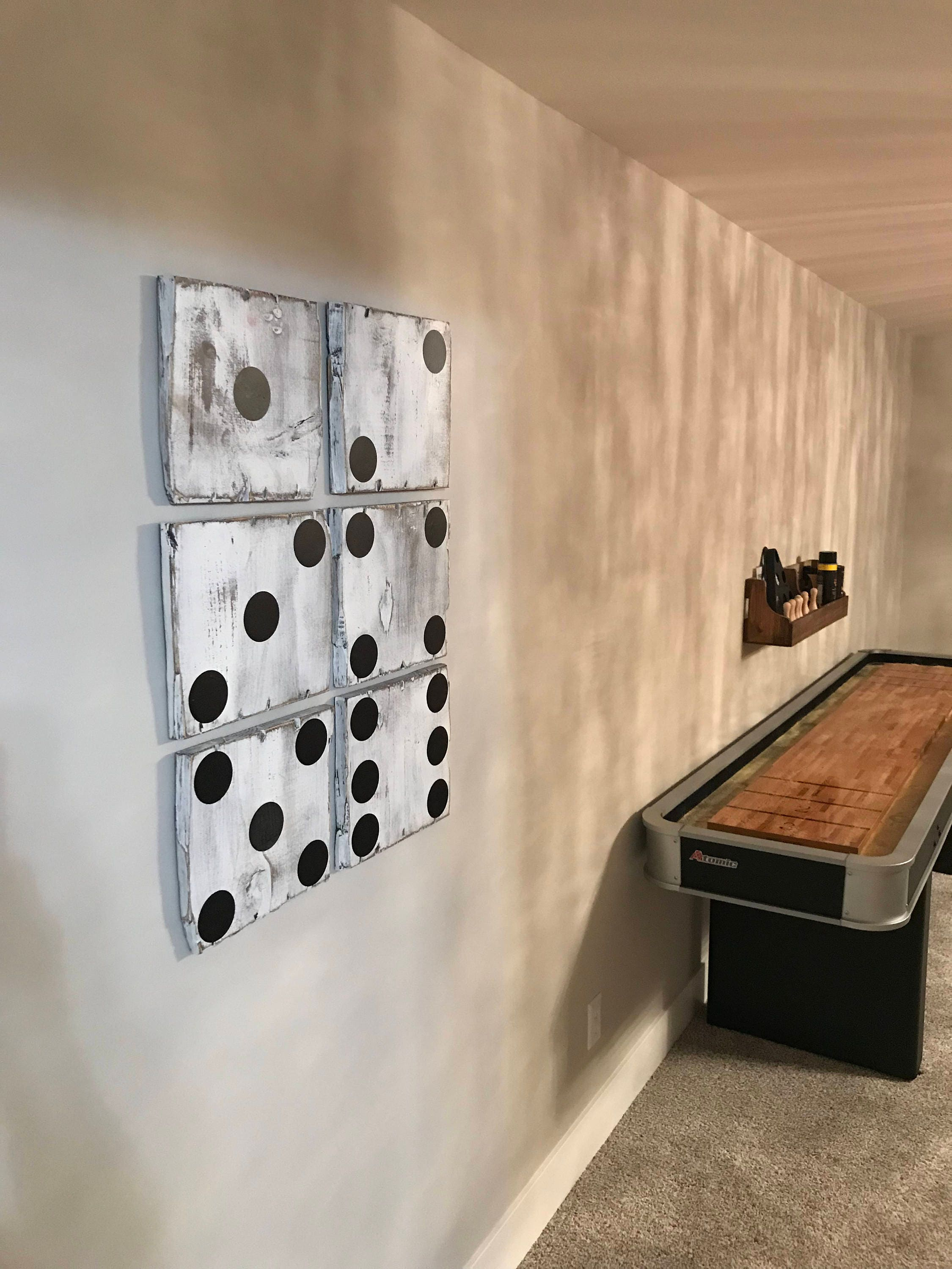 dice decor rustic dice rustic dice decor rustic wood dice rustic wood dice decore dice wall. Black Bedroom Furniture Sets. Home Design Ideas