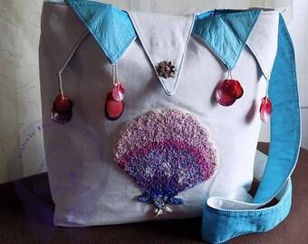 White and Blue Seashell Shoulder Bag, Cotton Twill Fabric, Applique Hand Embroidered Handbag. Shells, Silk, Decorative, Fashion, Gift.