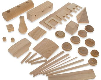 """7.25"""" Blank Unfinished Wooden Locomotive Building Model Kit"""