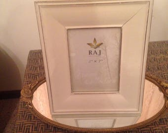 Reproduction ivory distresed 5x7 frame