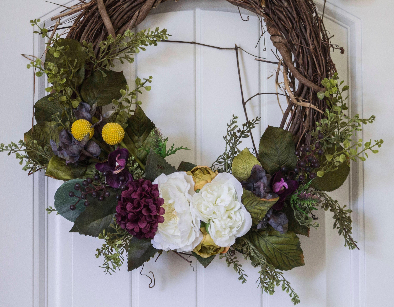 mediumlarge silk flower wreath