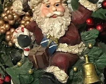 Vintage Cookie Jar with Santa Claus Lid Christmas Decor