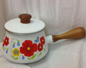 1970s Vintage Enamel Fondue Pot Saucepan