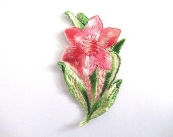 1930s Flower applique, Vintage embroidered applique. Vintage floral patch, antique applique, silk patch, crazy quilt. #6A8G43KB