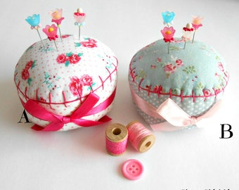 Flower Pincushion - Pincushion with Decorative Sewing Pins - Gift for Quilter - Gift for Seamstress - Pin cushion - Pin Keep - Sewing Pins
