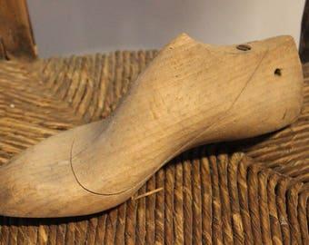 Shape for vintage shoes