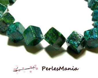 Set 2 pieces diagonal CUBE blue Chrysocolla Green 12mm beads