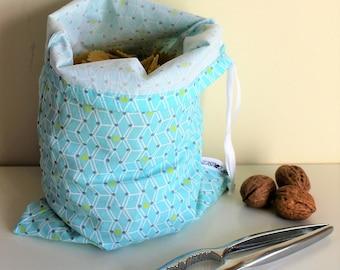 Bag in bulk, florageometrique blue pattern