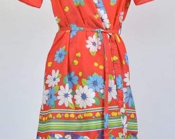 Vintage 1960s size 10-12 handmade red floral cotton mini robe dressing gown