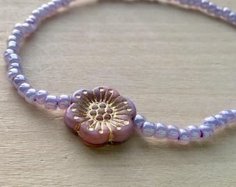 Beaded Light Purple Anklet//Purple Stretch Ankle Bracelet//Boho Anklet//Layering Jewelry//Flower Anklet//Summer Jewelry