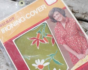 Vintage ironing board cotton cover, flower ironing board cover, welmaid green ironning board cover, burst of retro, kitch, mid century mod