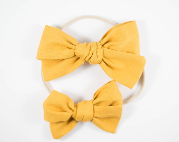 Sloane bow || Golden yellow