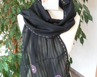 SCARF WITH BLACK STRIPED COTTON
