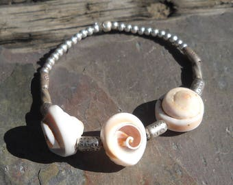 Sterling silver and  shell stretch bracelet