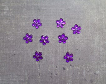Lot 50 rhinestones form flower 1.1 cm purple