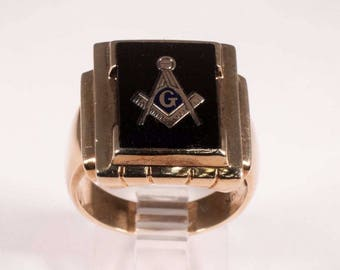 10K Yellow Gold Black Onyx Masonic Ring, Size 9.5