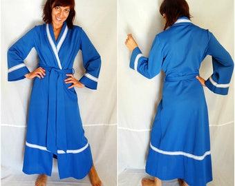 Vintage blue dressing gown lingerie jacket 70s 60s long maxi polyester 1960s 1970s house robe dress mod house coat bedroom bobe long belted