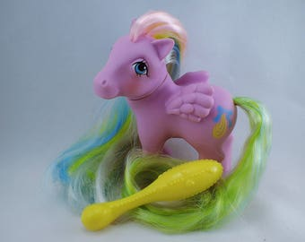 My Little Pony Mon Petit Poney MLP G1 Curly Locks Pegasus 84 Brush 'n Grow Pony With Yellow Long Handled Brush