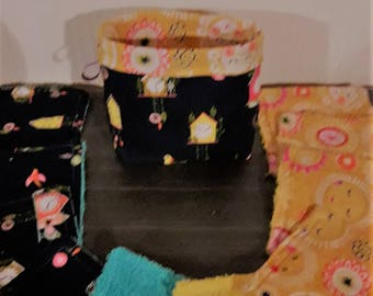 Pouch and its 10 wipes Sun and clock pattern