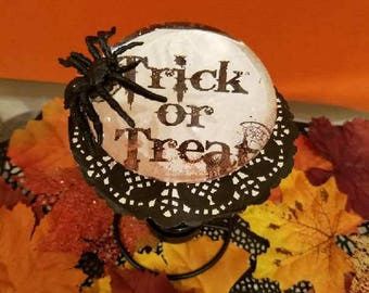 Halloween/Fall PumpTrick or Treat Decoration