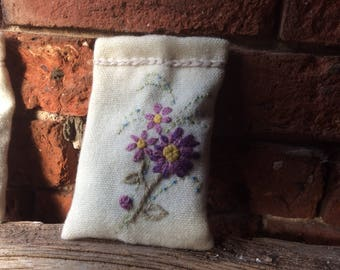 Lavender bag, large lavender bag, lavender sachet, scented draw, Mother's Day, Birthday, hand embroidered, lavender