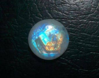 Rainbow Moonstone 15 MM cabochon