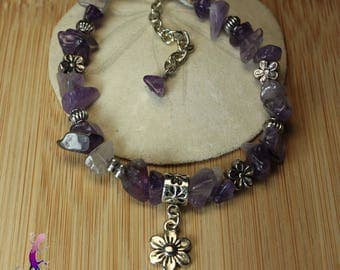 Amethyst flower and lobster clasp charm bracelet