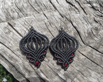 Dark gray celtic macramé earrings, boho earrings, silver 925, bohemian earrings
