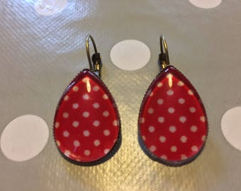 Drop earrings rockabilly oval red fabric with polka dots