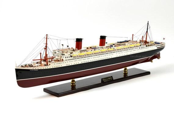 ss ile de france french ocean liner ship model 38 museum. Black Bedroom Furniture Sets. Home Design Ideas